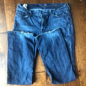 7 for all mankind jeans slightly distressed 31